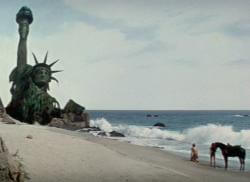planet of the apes statue of liberty